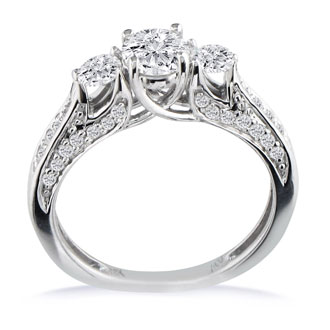 1 1/2 Carat Diamond Round Engagement Ring in 18k White Gold