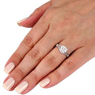 1 Carat Round Diamond Engagement Ring in 18k White Gold