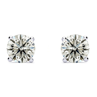 1 1/2ct Classic Quality Diamond Stud Earrings In Platinum