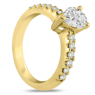 1 1/3 Carat Pear Shape Diamond Engagement Ring In 14 Karat Yellow Gold