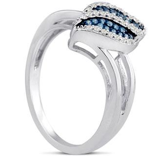 1/6ct Blue and White Diamond Ring