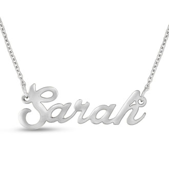 Sarah Nameplate Necklace In Silver