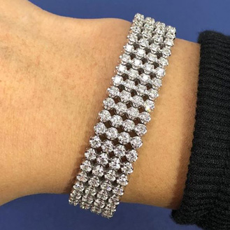 10.60 Carat Important Diamond Bracelet In 14 Karat White Gold