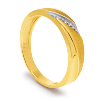 5.7mm Three Diamond Mens Satin Finished Wedding Band in Yellow Gold