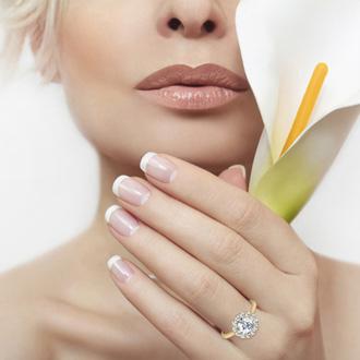 1.50 Carat Elegant Diamond Halo Engagement Ring In 14k Yellow Gold