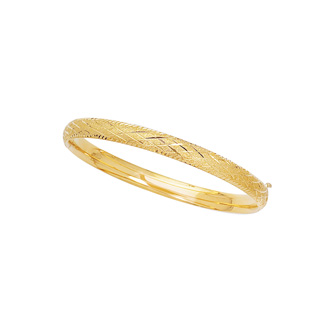 14 Karat Yellow Gold 5.5mm 5.50 Inch Children's Shiny Diamond Cut Bangle with Diamond Pattern