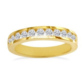 1/4ct Round Diamond Band in 14k Yellow Gold At A Fantastic Price!
