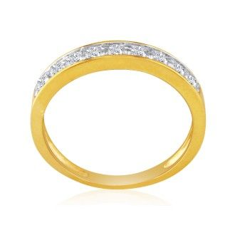 1/4ct Diamond Band in 10k Yellow Gold