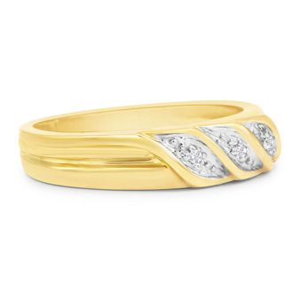 The Traditional Diamond Engagement Set in 10k Yellow Gold