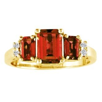 Regal 2 1/3ct Garnet and Diamond Ring in 14k Yellow Gold