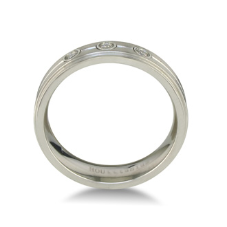 Mens Classic Diamond Wedding Band in Titanium