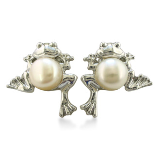 Froggy Freshwater Pearl Earrings