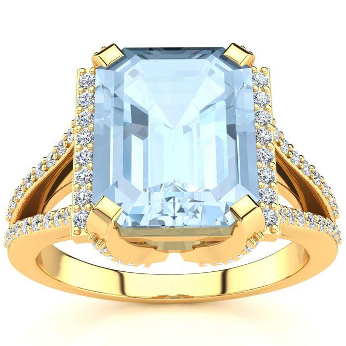 3 1/2 Carat Emerald Cut Aquamarine and Halo Diamond Ring In 14 Karat Yellow Gold