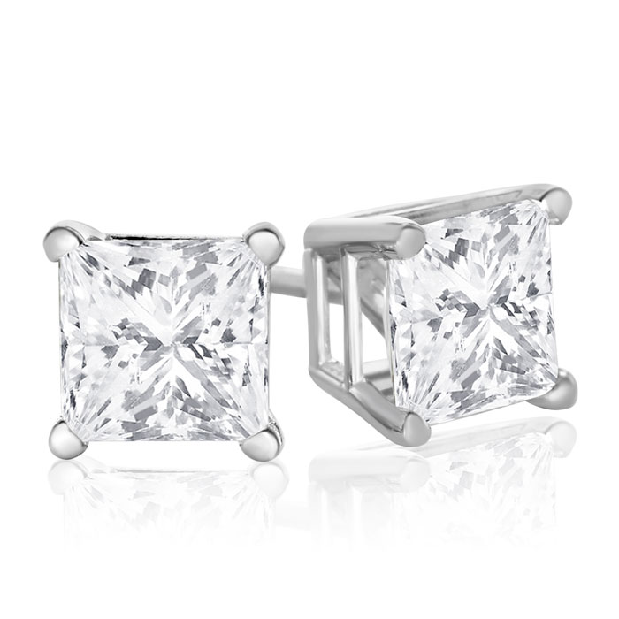 1.25 Carat Fine Quality Princess Cut Diamond Stud Earrings in 14k