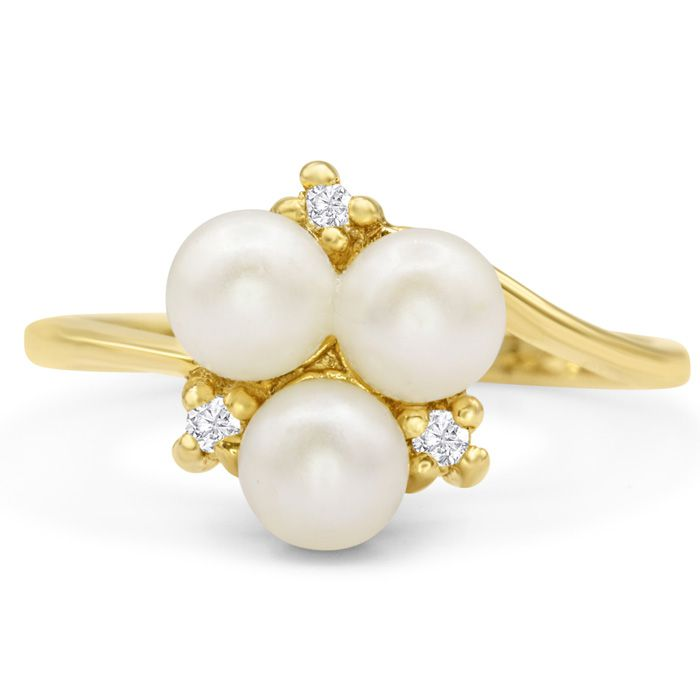 Round Freshwater Cultured Pearl and Diamond Cluster