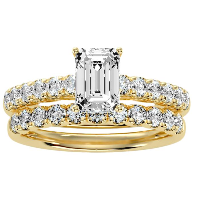 3 Carat Emerald Cut Bridal Ring Set in 14K yellow Gold (6 g) (