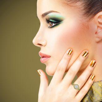 1 3/4 Carat Split Shank Halo Diamond Engagement Ring in 14 Karat Yellow Gold