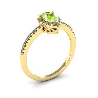 1 Carat Pear Shape Peridot and Halo Diamond Ring In 14 Karat Yellow Gold