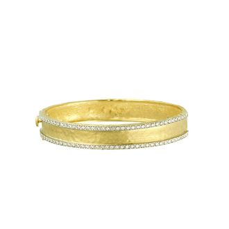18 Karat Yellow Gold 11.0mm Hammered Finish Bracelet with Diamonds