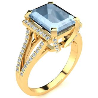 3 1/2 Carat Aquamarine and Halo Diamond Ring In 14 Karat Yellow Gold