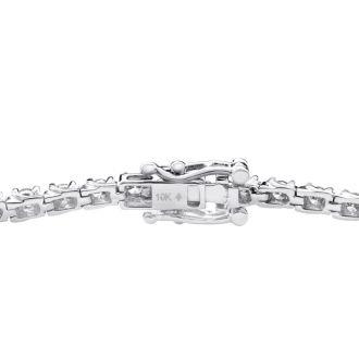 2 Carat Diamond Tennis Bracelet in White Gold. Very Fiery Diamonds!
