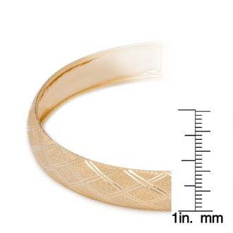 10K Yellow Gold Flexible Bangle Bracelet With Argyle Diamond Cut Design, 7 Inches
