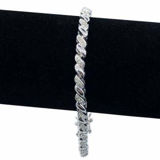 1 Carat Diamond Twist Bracelet, 7 Inches. Brand New Style That Everyone Loves!
