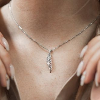 New Beautiful .10 Carat Natural Rose Cut Diamond Leaf Necklace With 18 Inch Chain