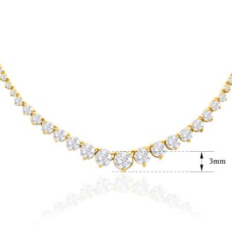 Graduated 4 Carat Diamond Tennis Necklace In 14 Karat Yellow Gold
