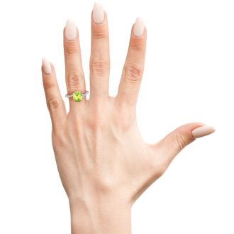 1 1/3ct Oval Shape Peridot and Diamond Ring in 10k White Gold
