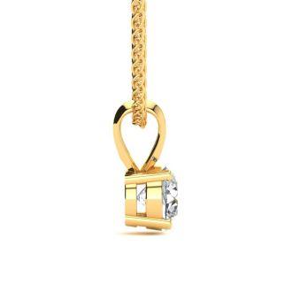 Pretty 1/2ct 14k Yellow Gold Diamond Pendant. Fiery, Amazing Diamond Necklace!