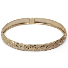 10K Yellow Gold Flexible Bangle Bracelet With Preppy Diamond Cut Design, Available in 7 and 8 Inch Lengths