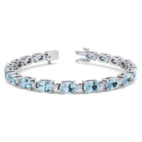 9 Carat Oval Shape Aquamarine and Diamond Bracelet In 14 Karat White Gold, 9 Carat Oval Shape Aquamarine and Diamond Bracelet In 14 Karat White Gold, 7 Inches