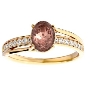1 1/3 Carat Oval Shape Morganite and Diamond Ring In 14 Karat Yellow Gold